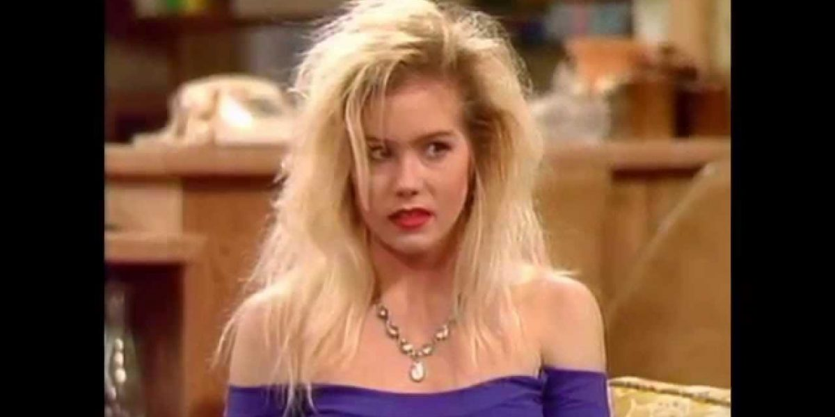 Beautiful Kelly Bundy Photos from Married with Children