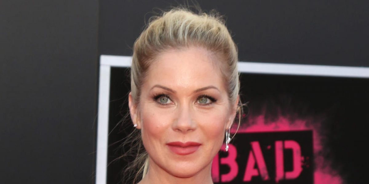 "Christina Applegate returns to TV with Netflix show ""Dead to Me"""